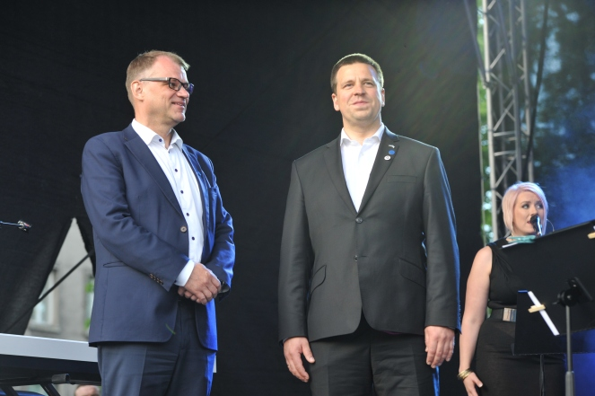 Finlands Millionaire Prime Minister Juha Sipila and juri ratas